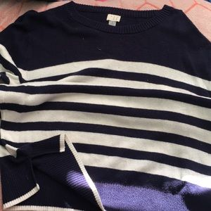 blue/white stripped sweater material shirt